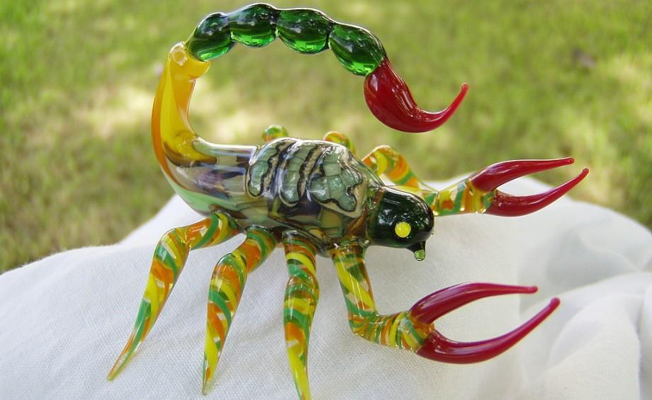 Подарок женщине скорпиону 66