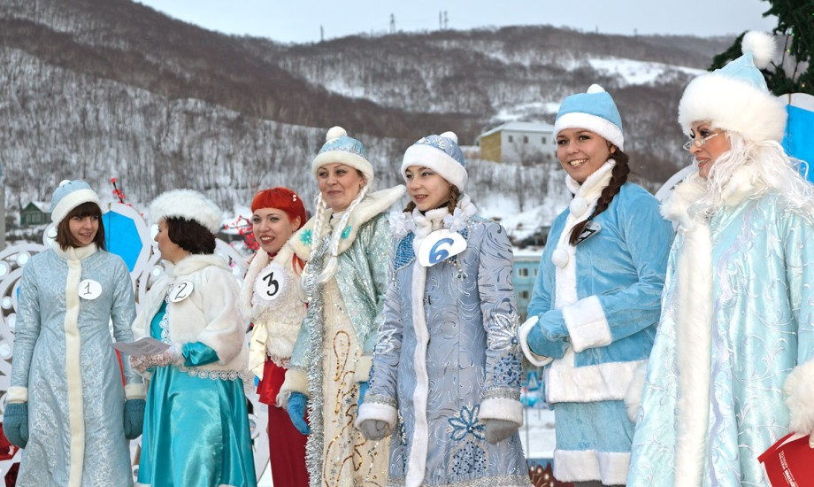 Новогодняя конкурсная программа «Вива, Снегурочка!»