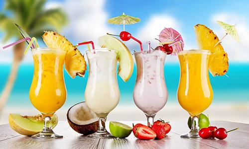 Летние угощения – рецепты фруктовых коктейлей